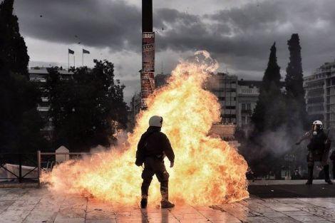 Griechenland: Hunderttausende streiken gegen die Syriza-Erpressung!