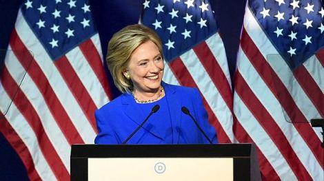 Und wieder ist Putin schuld: Skandal um Wahlbetrug überschattet Hillarys Kür aufParteitag