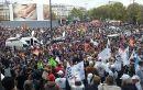 Frankreich: Hunderttausende demonstrieren gegen MacronsSparkurs