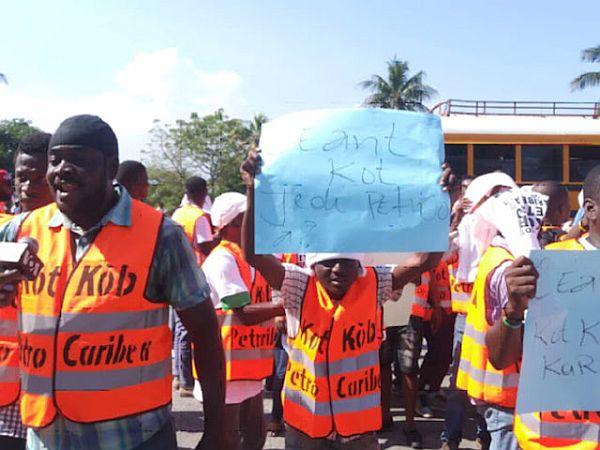 In Haiti braut sich ein Aufstand des Volkes zusammen  017225d75e0d8