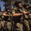 Time: Ukrainische Asow-Bewegung ist zur kampffähigsten rechtsextremen Miliz weltweitaufgestiegen
