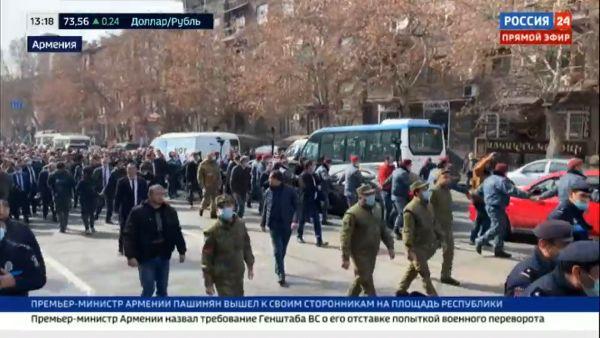 Nach verlorenem Krieg um Bergkarabach: Putschversuch in Armenien