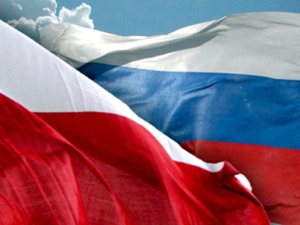 Der Westen setzt Polen und Russland wegen ihrer konservativ-nationalistischen Werte unter Druck